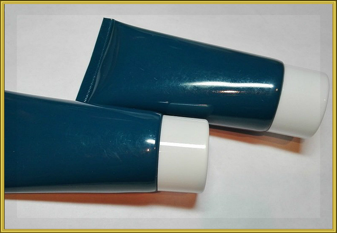 Туба синяя